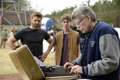 Stephenking Writing Underthedome Episod