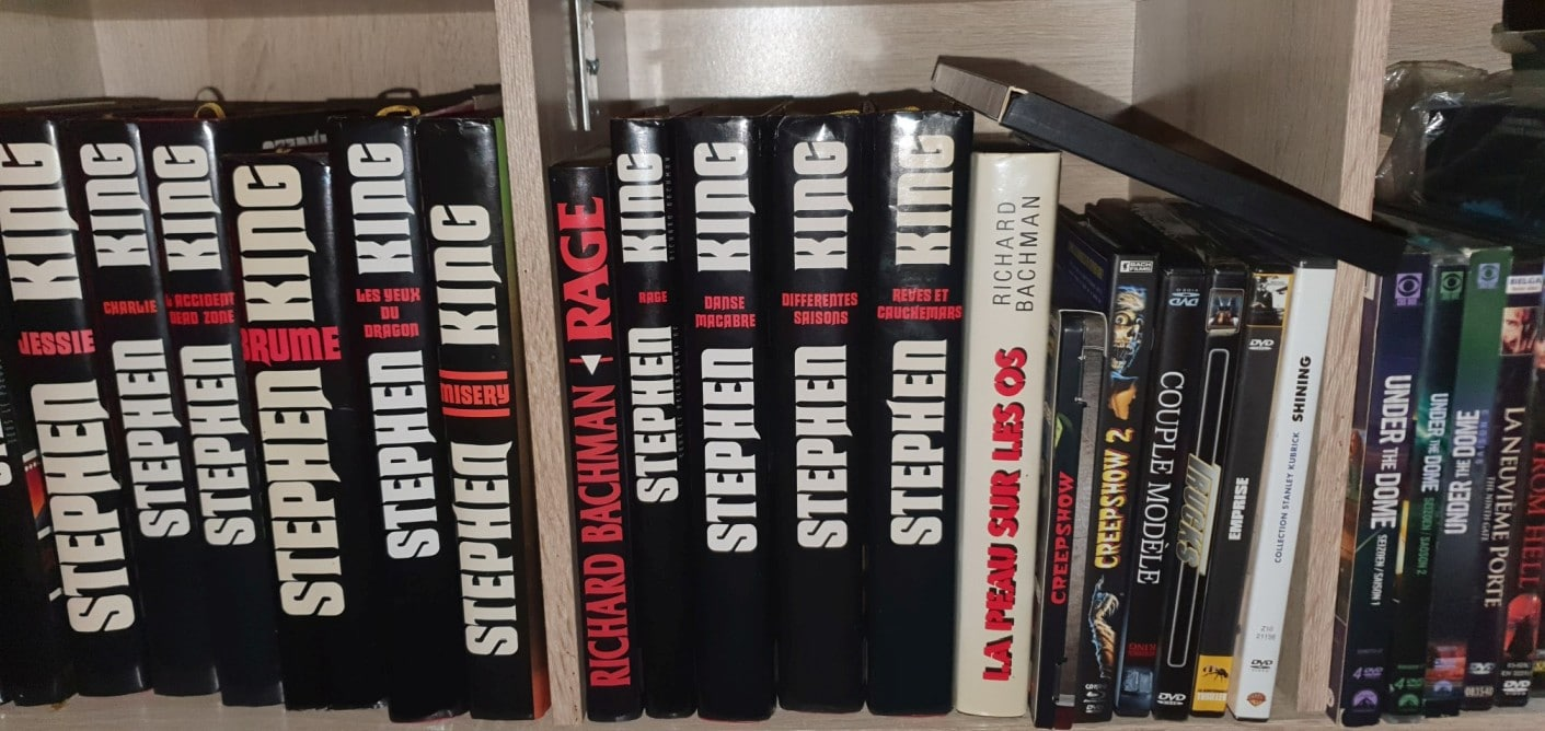 Stephenking Collection Franceloisirs Noire Rouge Blanc 05