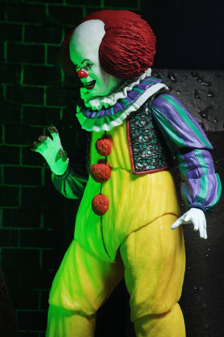 Neca Ultimate Pennywise1990 V2 P7
