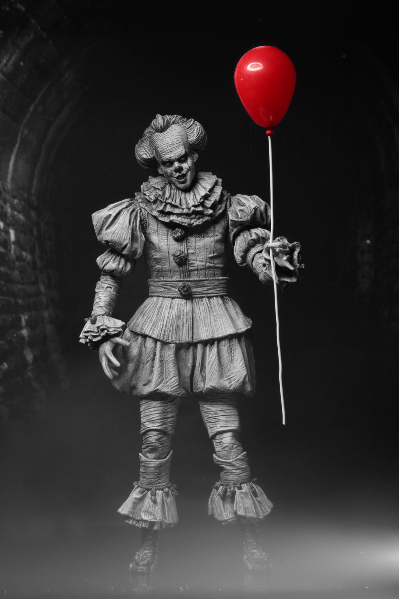 Neca Pennywise Sdcc 2019 08