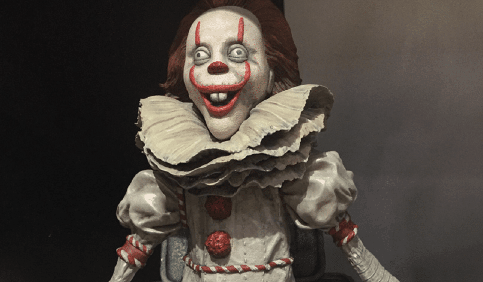 Diamond Select Toys Stephenking Pennywise 01