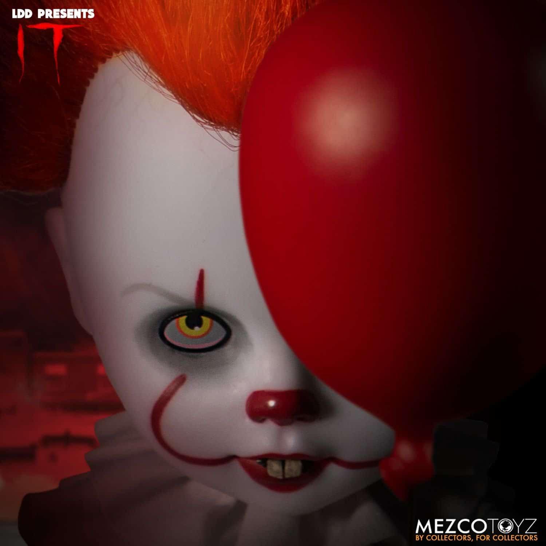 Mezco 01
