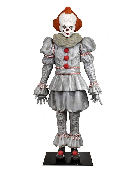 Neca Pennywise Mousse Taille Reelle 01