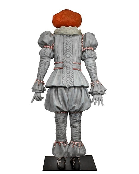 Neca Pennywise Mousse Taille Reelle 03