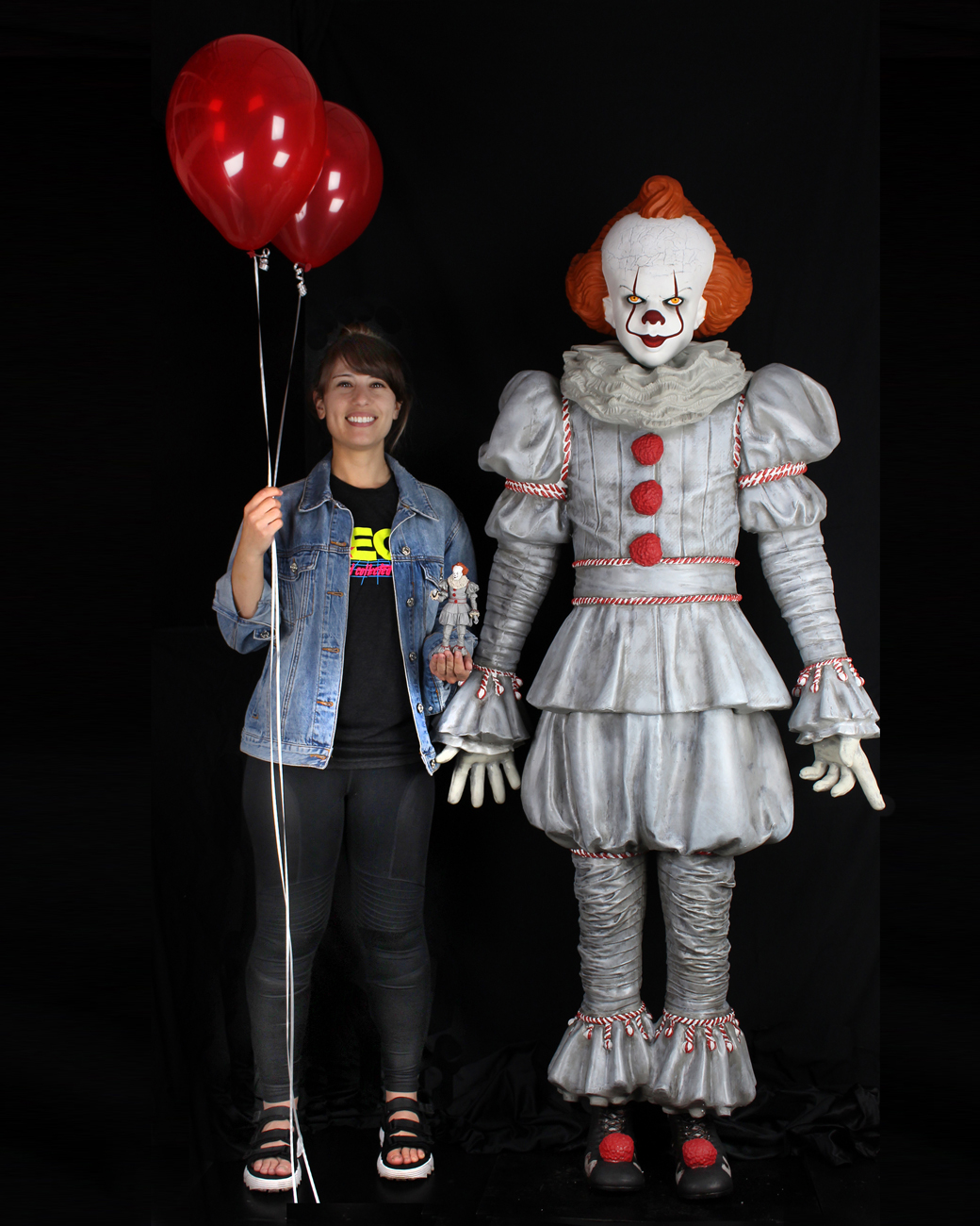 Neca Pennywise Mousse Taille Reelle 06