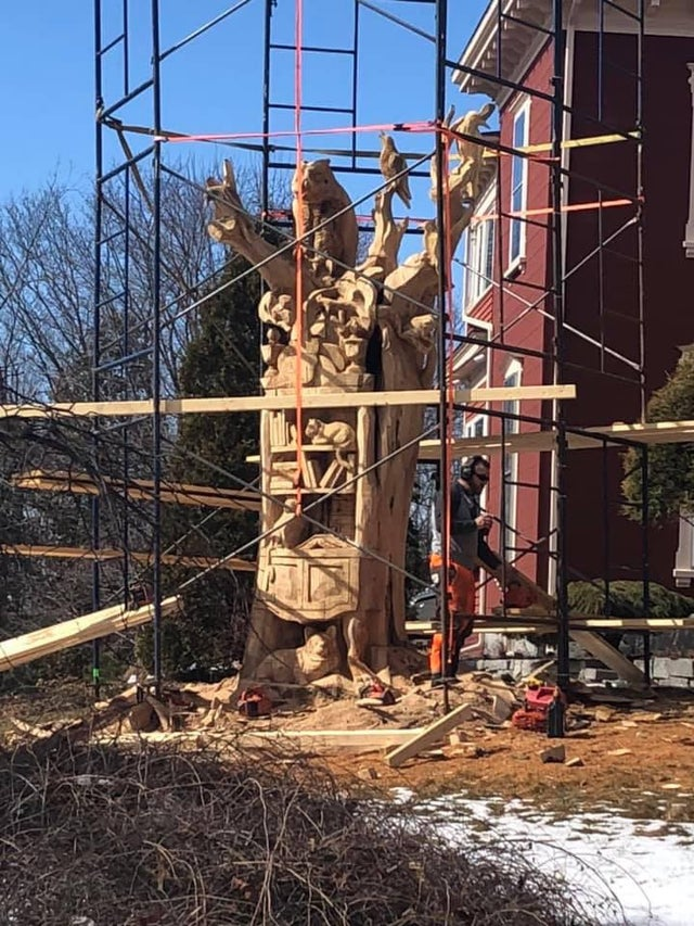 Tabithaking Sculpture Maison