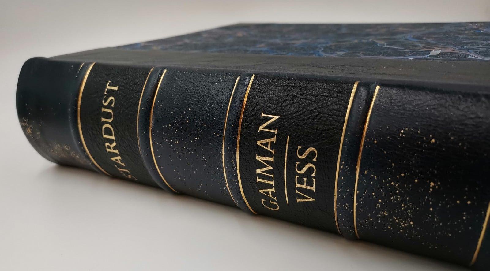 Stardust Neilgaiman Lettered Lyrasbooks7