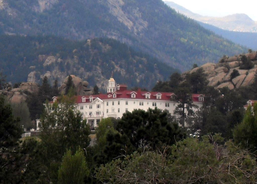 Stanley Hotel Wikipedia 01