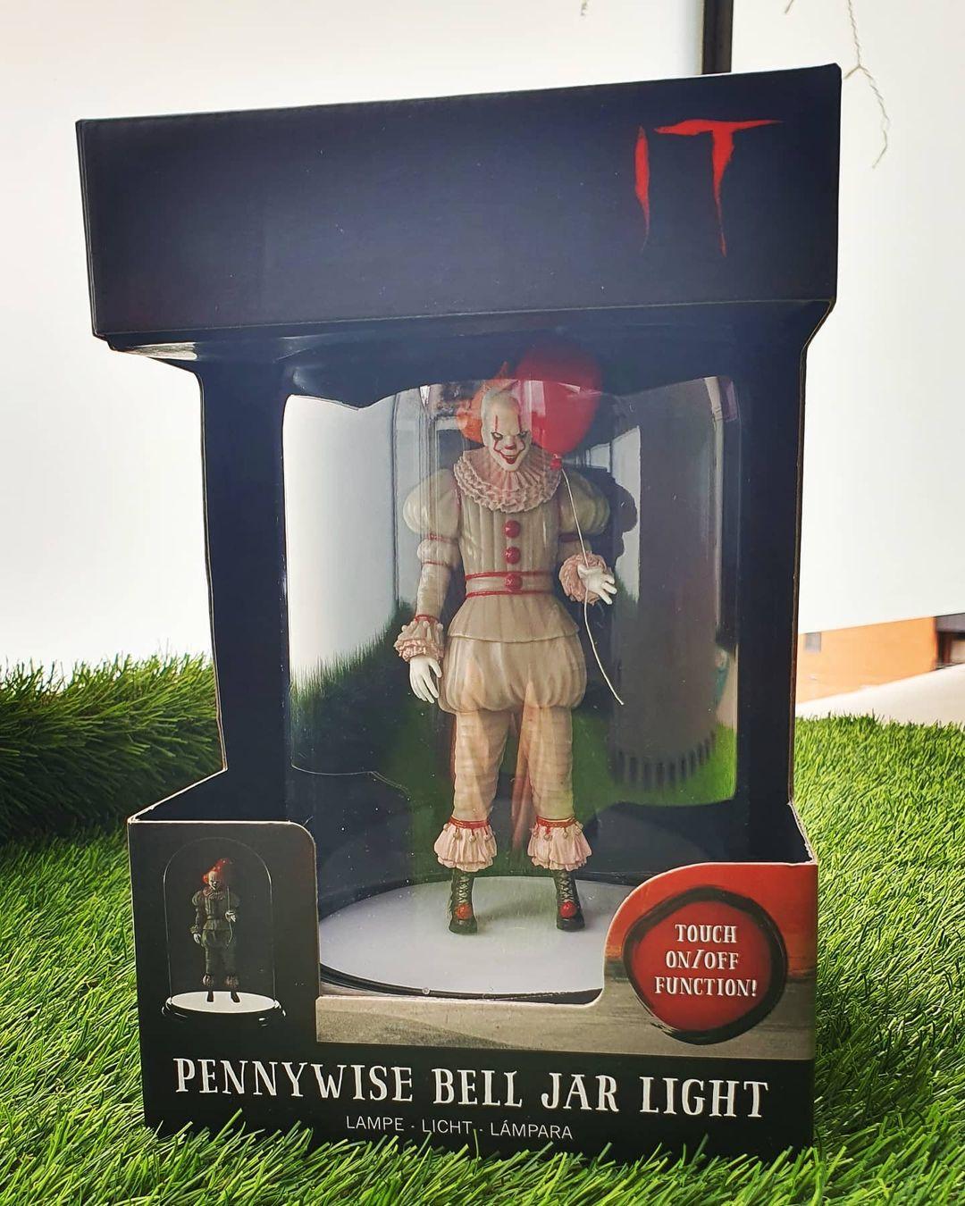 Paladone Pennywise Figurine 01