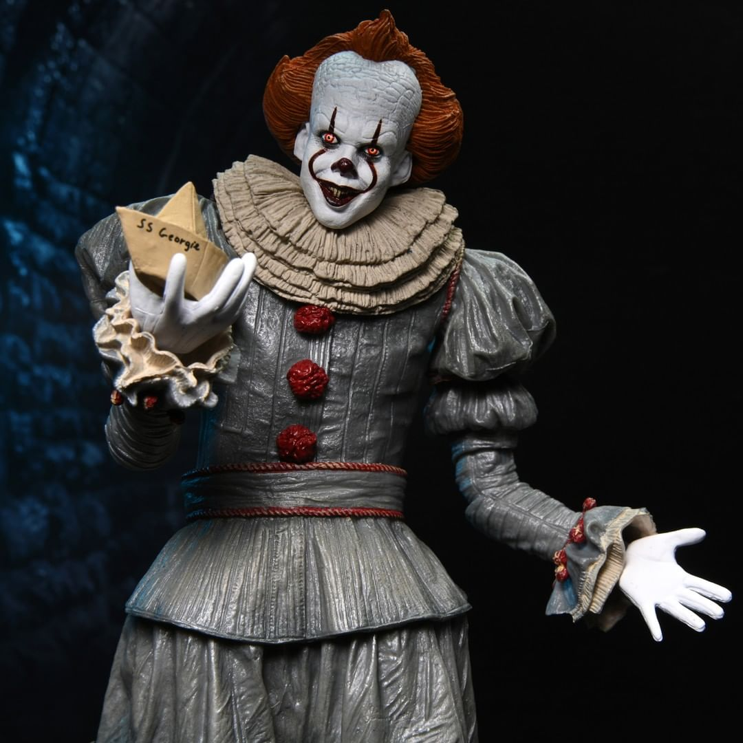 Neca Pennywise Heads Figurine 2021 03