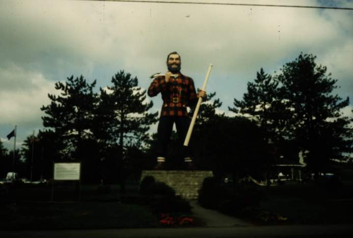 paul bunyan - bangor - stephen king