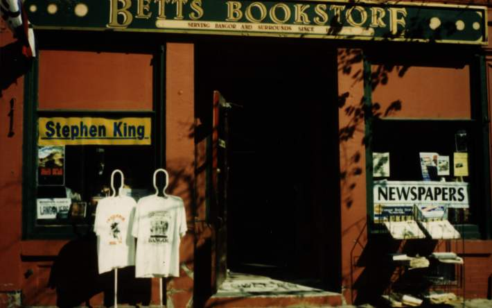 Betts Bookstore - specializing in Stephen King books 3