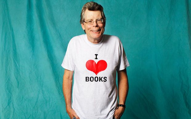 [stephen king i heart books]