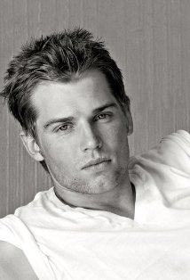 [DOME serie MIKE VOGEL Stephen King - Photo]