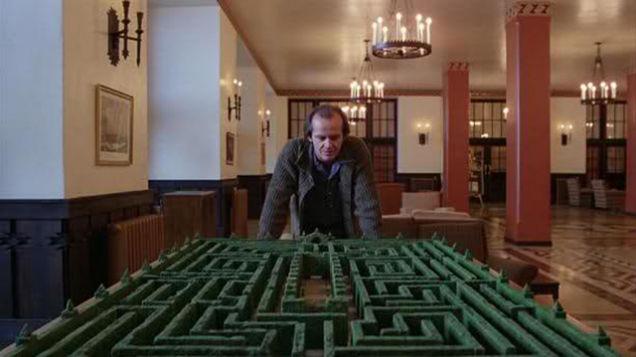[Stanley hotel maze kubrick]