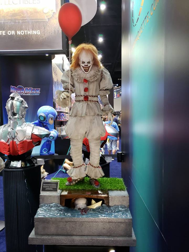 Pennywise Cinemaquette 3